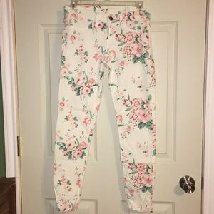 Pants - 🌸3 for $12🌸 White Floral Pants